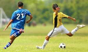 calcio generica tiro corsa