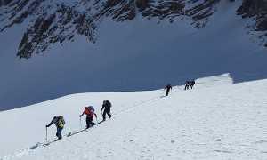 ski mountaineering 1375016 640